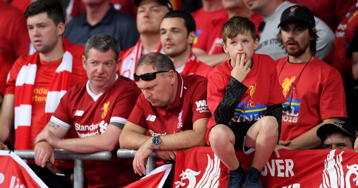 Liverpool Fans Furious Over Picture Taken By These Barcelona ...
